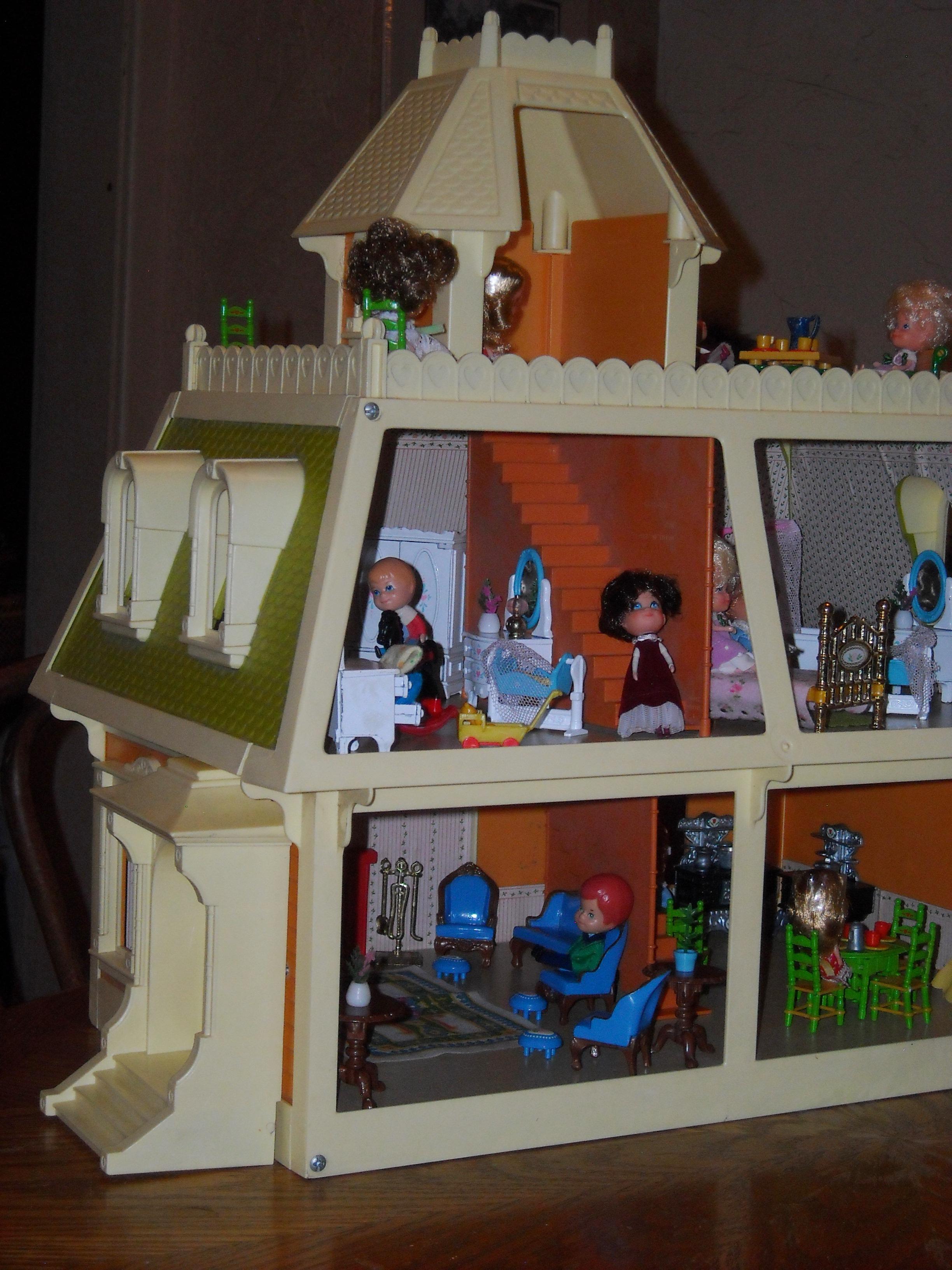 Mattel S The Littles 1980 Dollhouse A Wonderful World