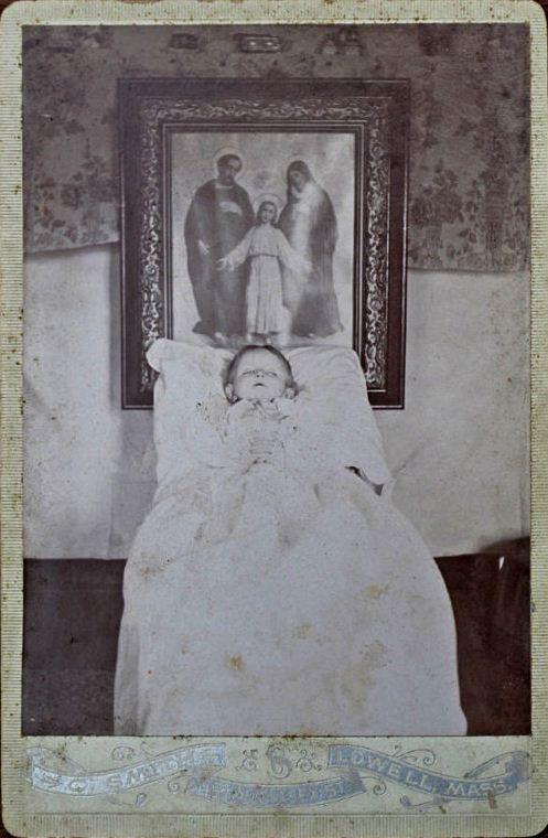 Memento Mori Victorian Era Postmortem Photography