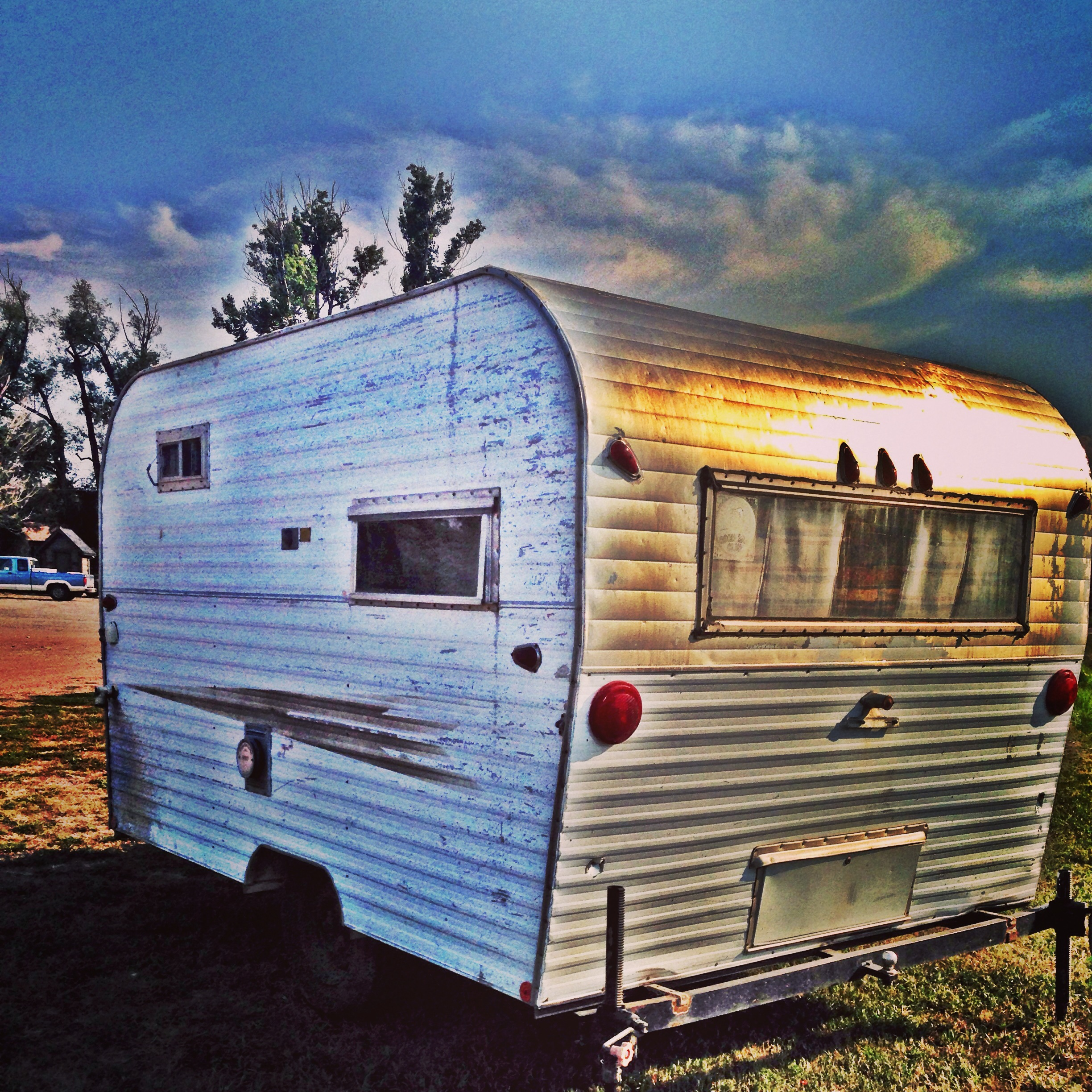 Travel Trailers With Outdoor Kitchens: Renovating A Vintage 1969 RoadRunner Travel Trailer